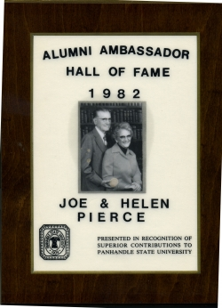 1982--Joe_&_Helen_Pierce_.jpg