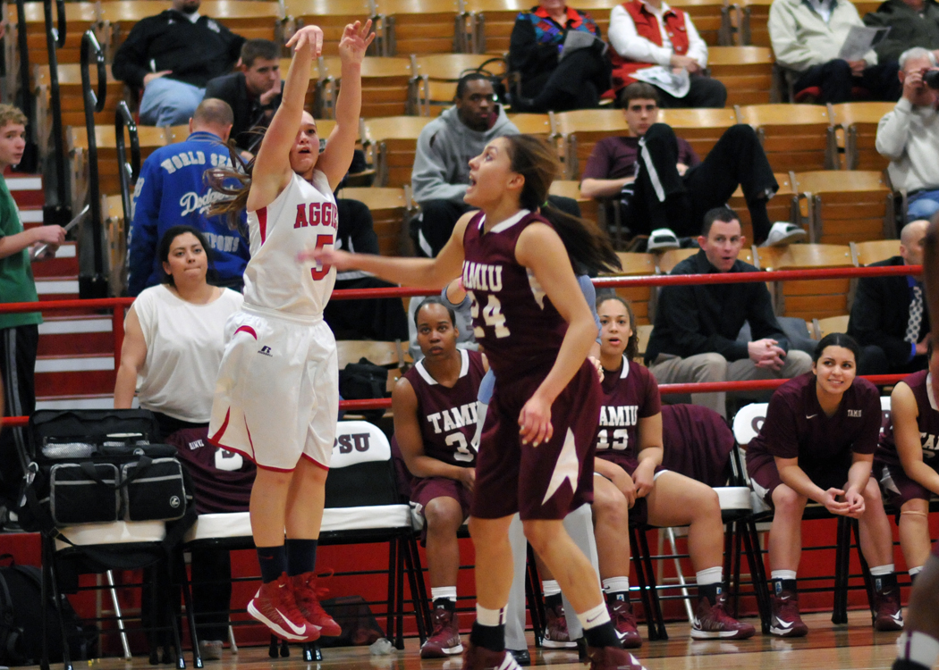 OPSU's Sarah Johnson led the Aggie scoring Thursday night with 14 points.—Sage Fischer photo