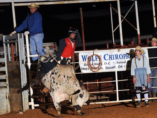 Joe Frost at the SEOSU rodeo—Dale Hirschman photo
