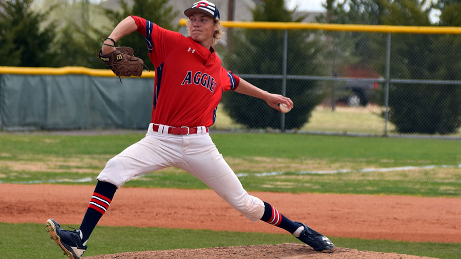 Senior Samuel Beattie put in a great performance for the Aggies in game one against Lubbock Christian; the lefty threw 7.0 innings allowing just hits and zero earned runs to the top-ranked team in the league.—Rylee Higgins photo