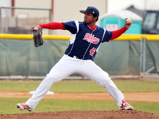 Freezy Smalls will continue pitching career in New Mexico-Kassi Canon Photo